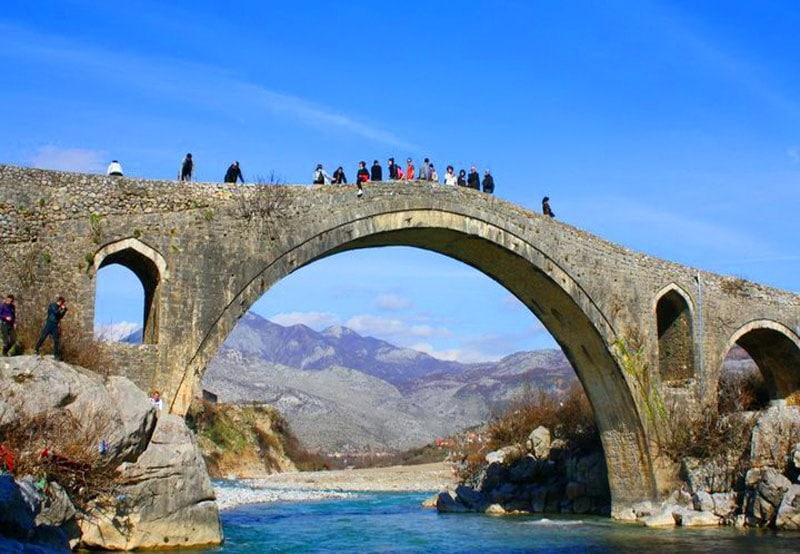 Albanija-Skadarskoe-ozero