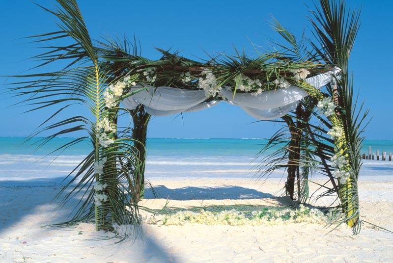 Танзанія, Breezes Beach Club 5*