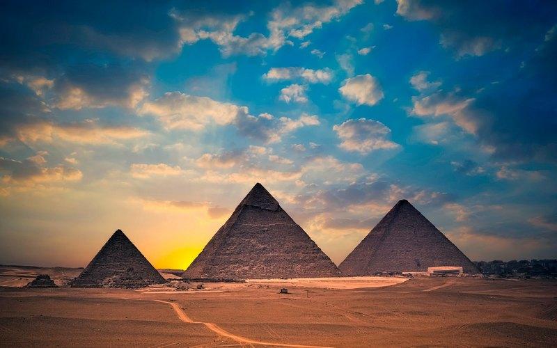 Основні туристичні місця Єгипту - Піраміди