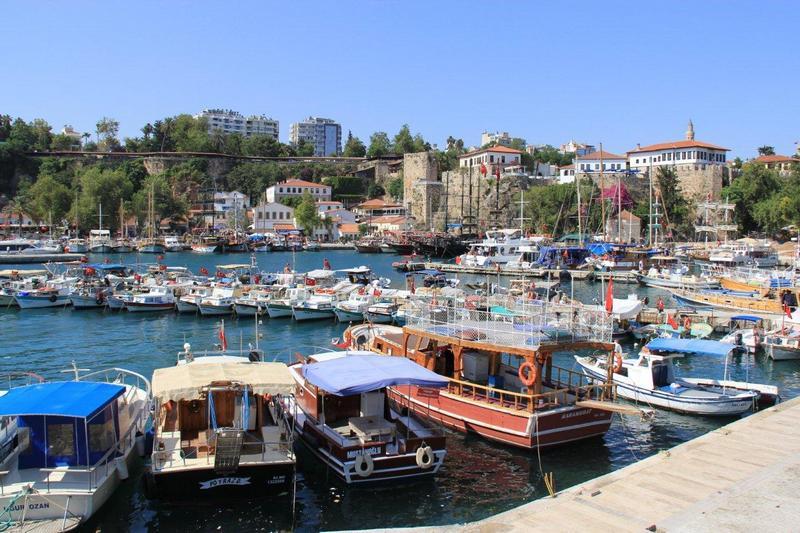 Старий порт Анталія