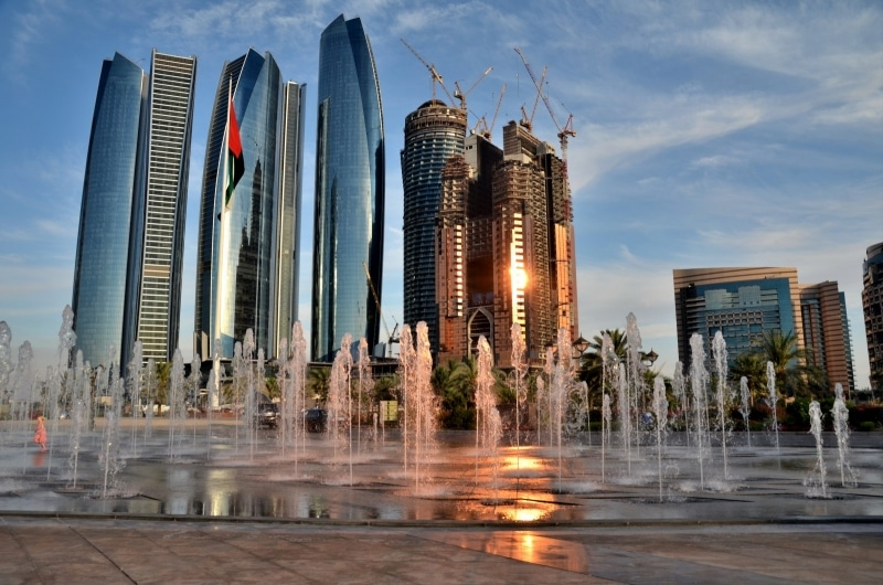 Україна запроваджує безвізовий режим з ОАЕ