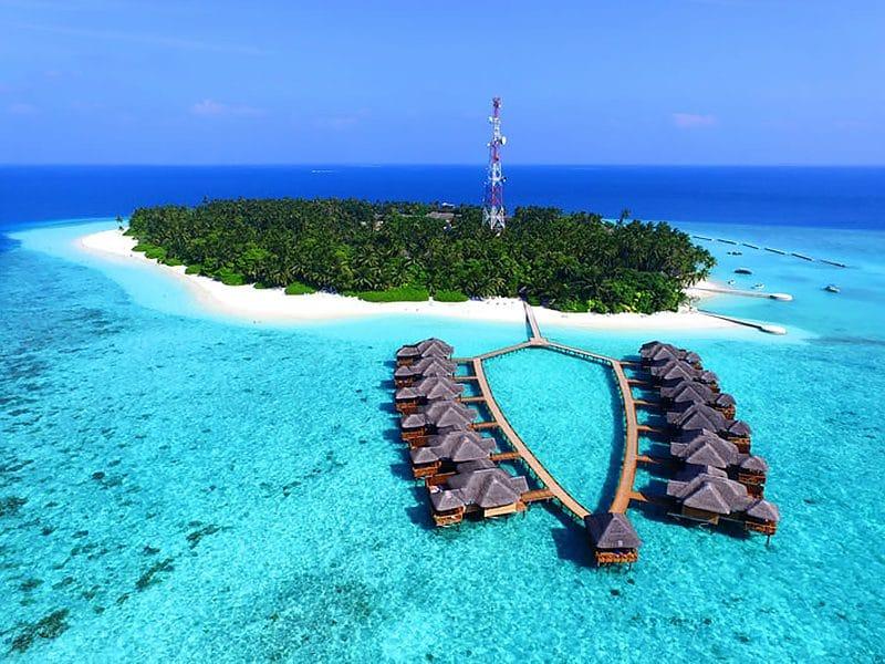 Мальдіви, Fihalhohi Island Resort 4*