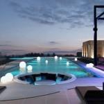 centara-grand-phratamnak-resort-pattaya-swimming-pool