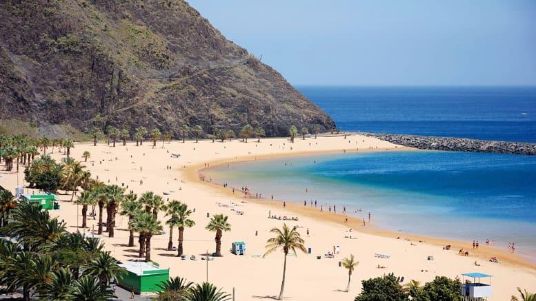 Чому потрібно їхати в Іспанію навесні?