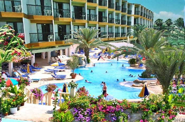 Кіпр зі Львова, Avlida Hotel 4*