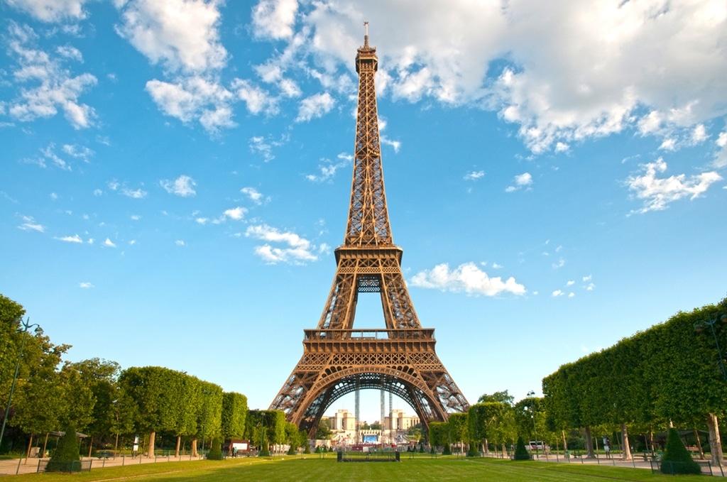 ейфелевая башня
